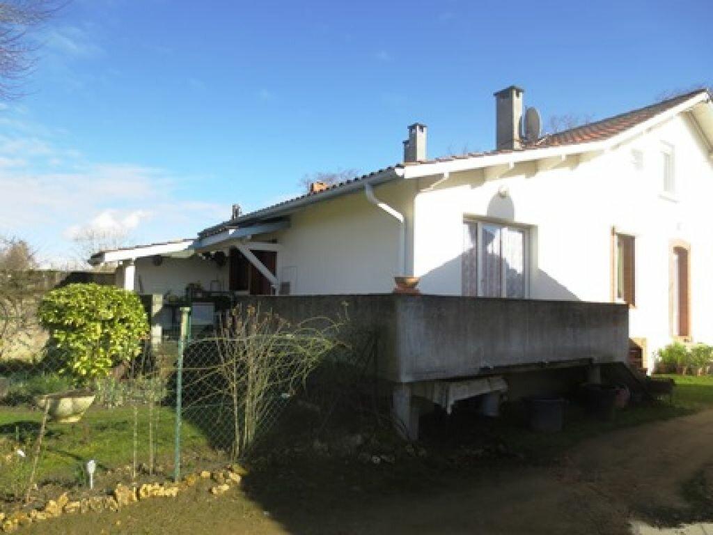 Achat Immeuble  à Villeneuve-de-Marsan - vignette-8