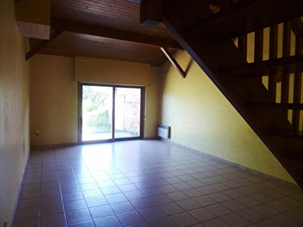 Location Maison 4 pièces à Villeneuve-de-Marsan - vignette-1