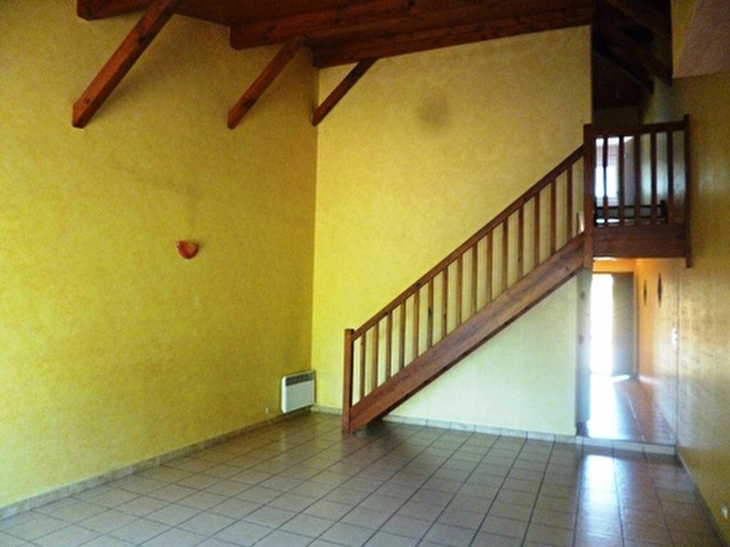 Location Maison 4 pièces à Villeneuve-de-Marsan - vignette-7