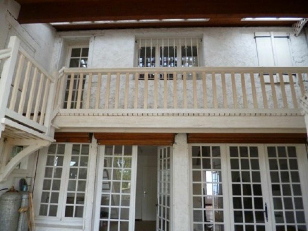 Location Maison 5 pièces à Villeneuve-de-Marsan - vignette-1
