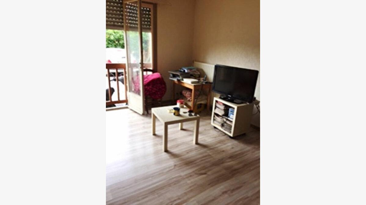 Achat Appartement 1 pièce à Mont-de-Marsan - vignette-1