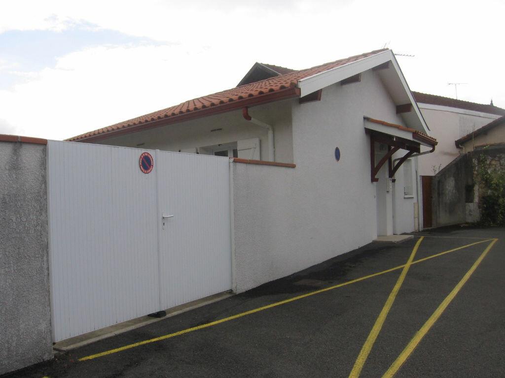 Location Maison 3 pièces à Peyrehorade - vignette-2