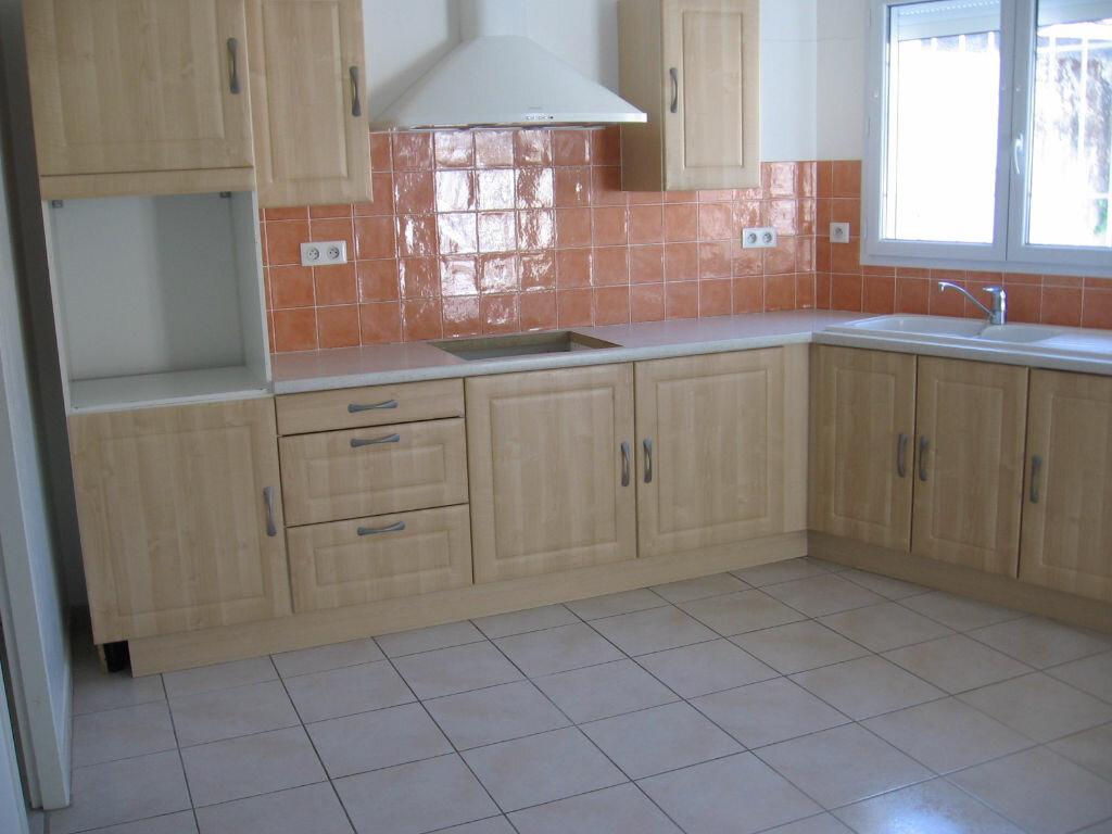 Location Maison 3 pièces à Peyrehorade - vignette-3