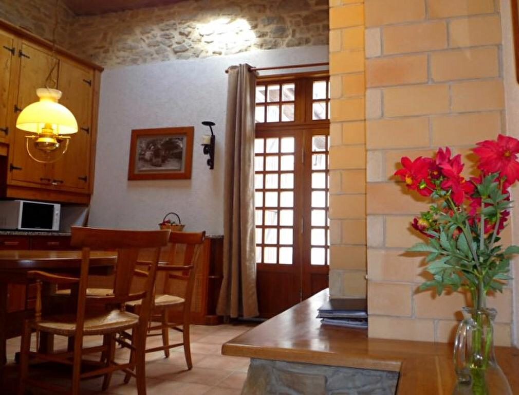 Achat Maison 10 pièces à Sainte-Marie-de-Gosse - vignette-9