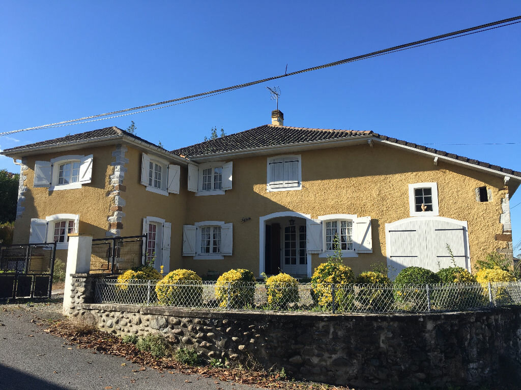 Achat Maison 5 pièces à Saint-Pé-de-Léren - vignette-1