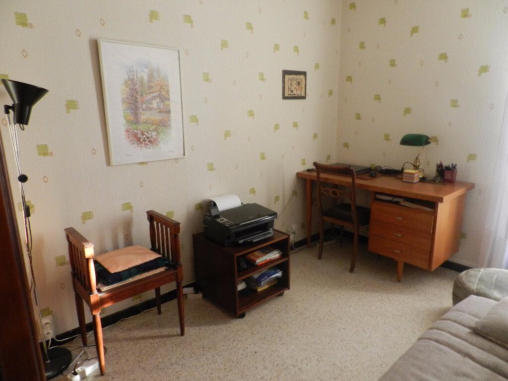 Achat Appartement 3 pièces à La Seyne-sur-Mer - vignette-8