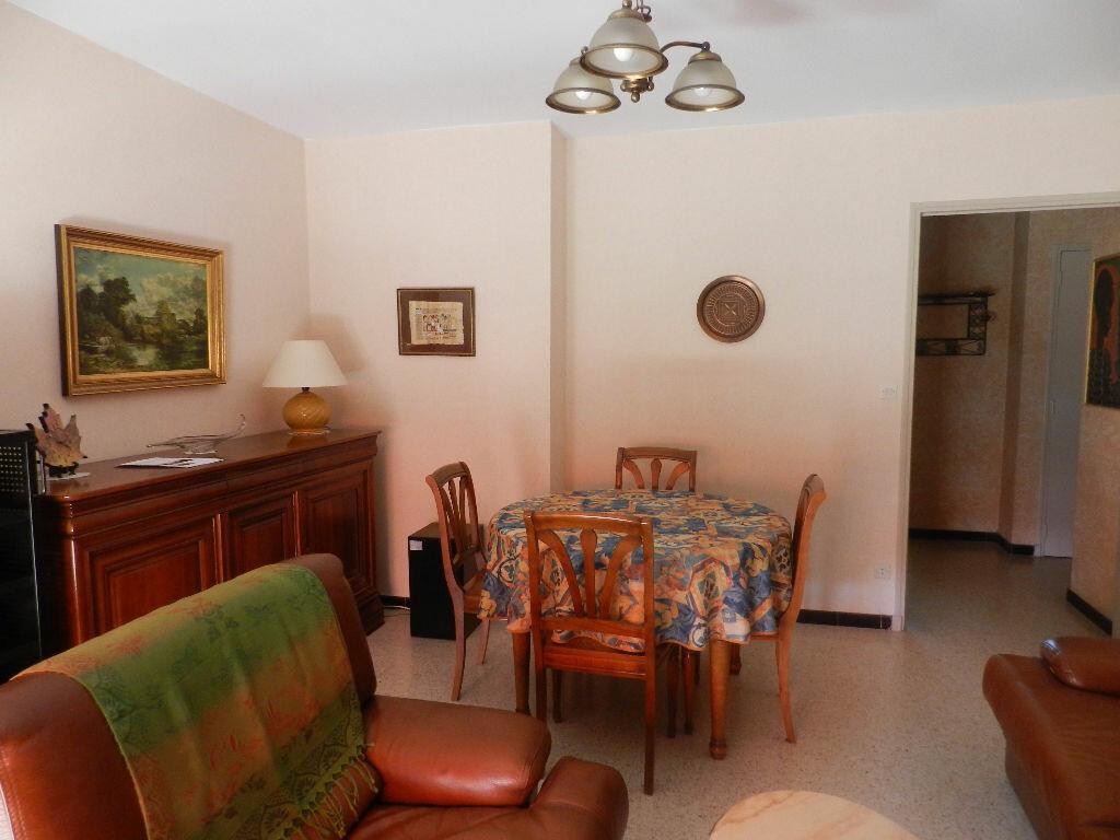 Achat Appartement 3 pièces à La Seyne-sur-Mer - vignette-11