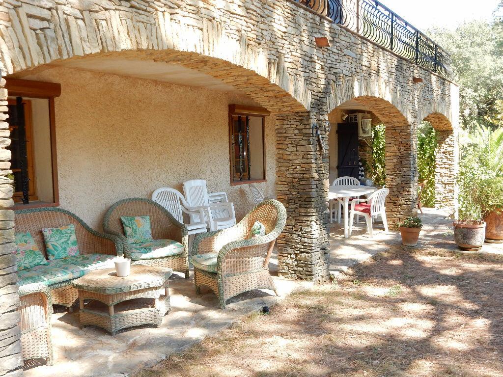 Achat Maison 7 pièces à La Seyne-sur-Mer - vignette-3