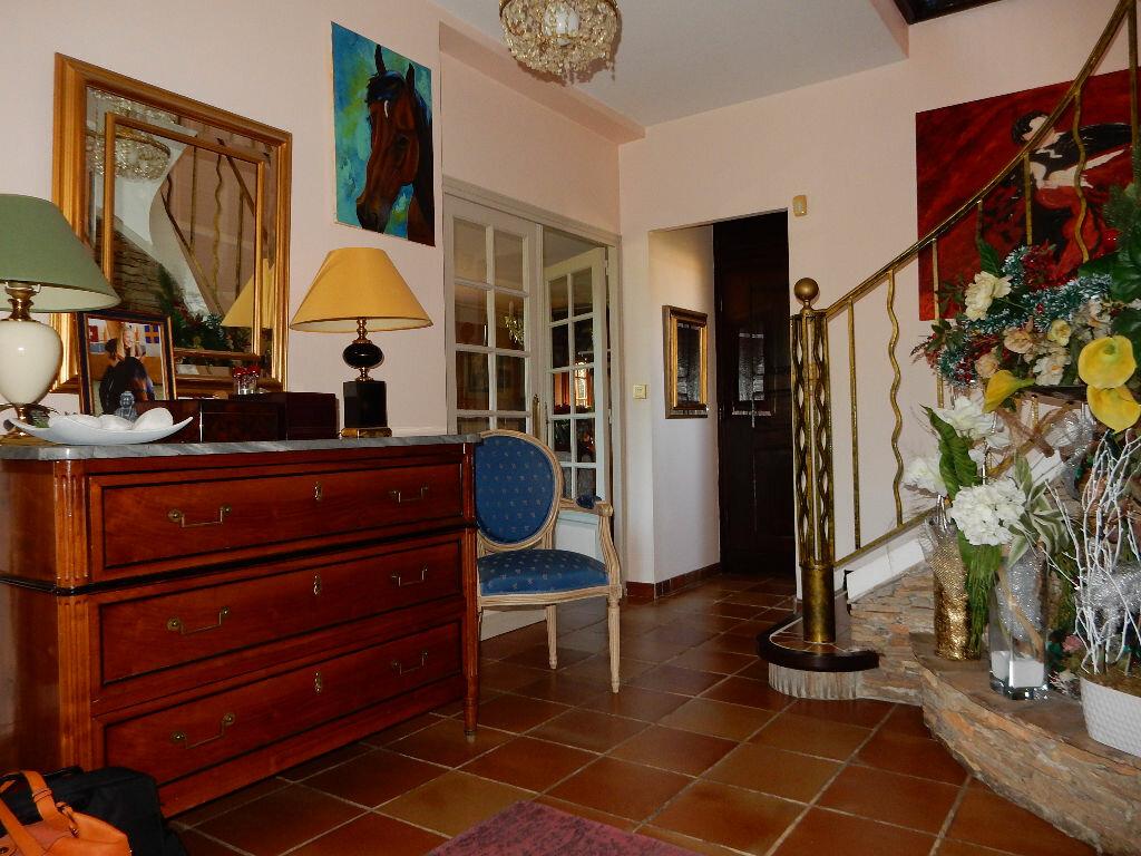Achat Maison 7 pièces à La Seyne-sur-Mer - vignette-6