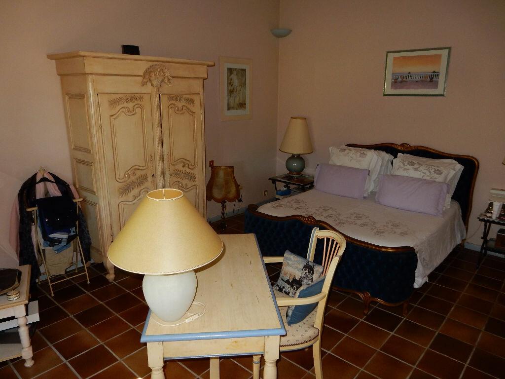 Achat Maison 7 pièces à La Seyne-sur-Mer - vignette-10
