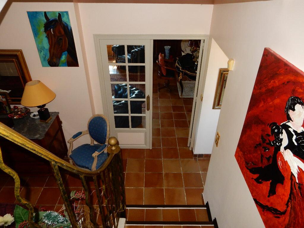 Achat Maison 7 pièces à La Seyne-sur-Mer - vignette-12
