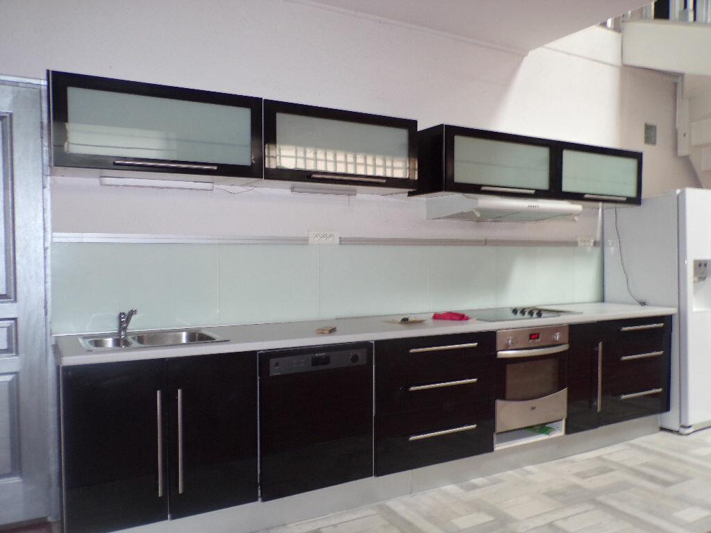 Achat Appartement 6 pièces à La Seyne-sur-Mer - vignette-2