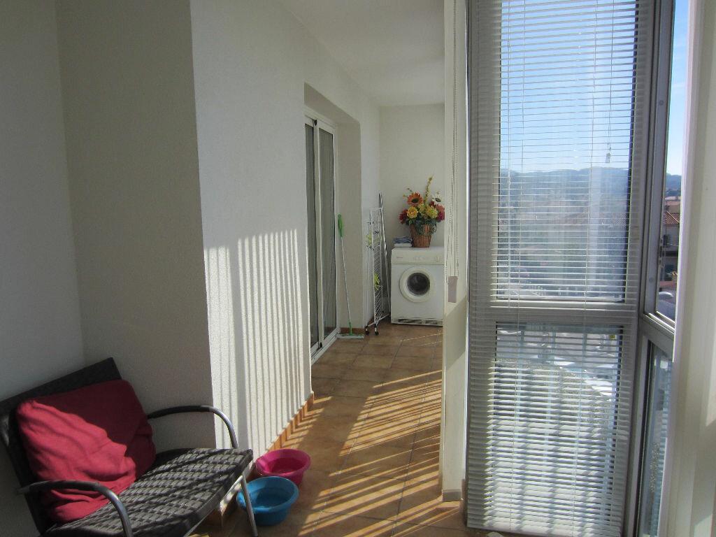 Achat Appartement 5 pièces à Six-Fours-les-Plages - vignette-9