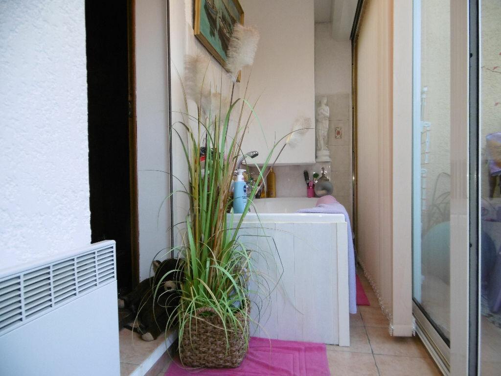 Achat Appartement 3 pièces à Sanary-sur-Mer - vignette-5