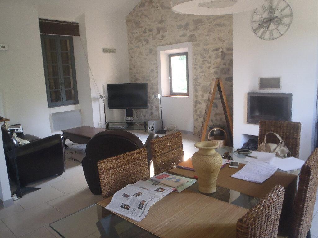 Achat Maison 4 pièces à Saint-Cyr-sur-Mer - vignette-1