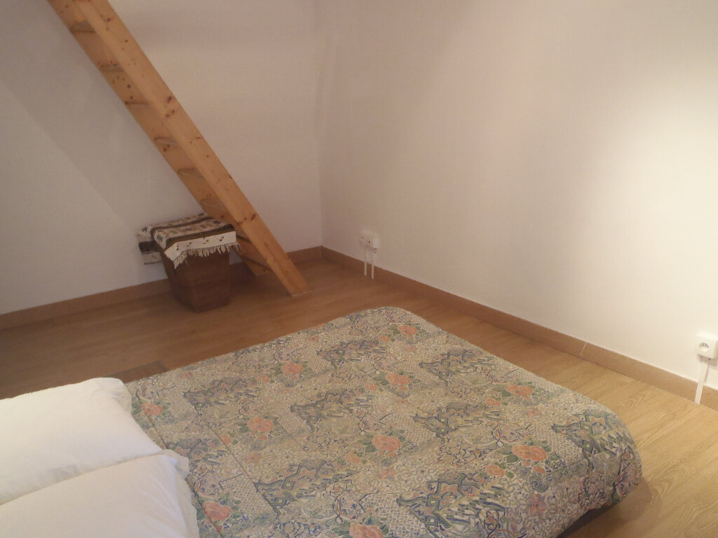 Achat Maison 4 pièces à Saint-Cyr-sur-Mer - vignette-6