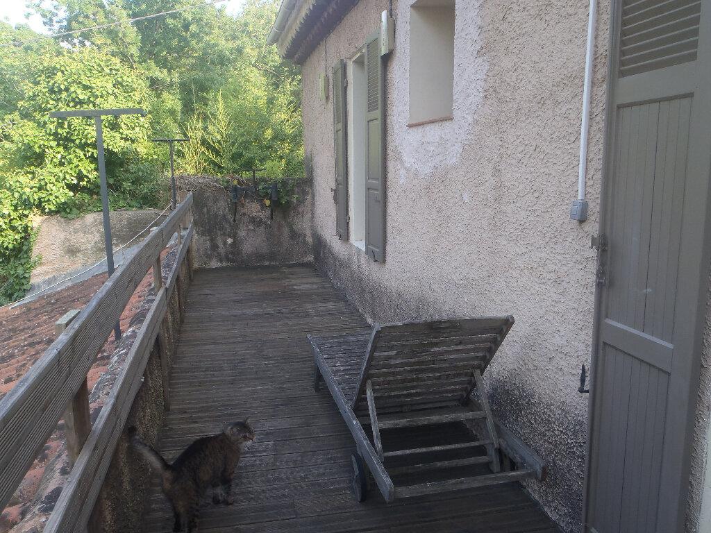 Achat Maison 4 pièces à Saint-Cyr-sur-Mer - vignette-9