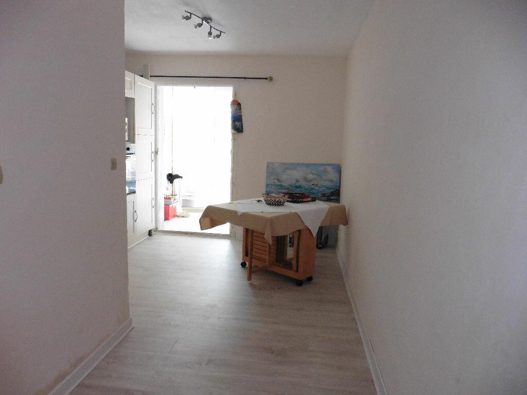 Achat Appartement 1 pièce à Bandol - vignette-2