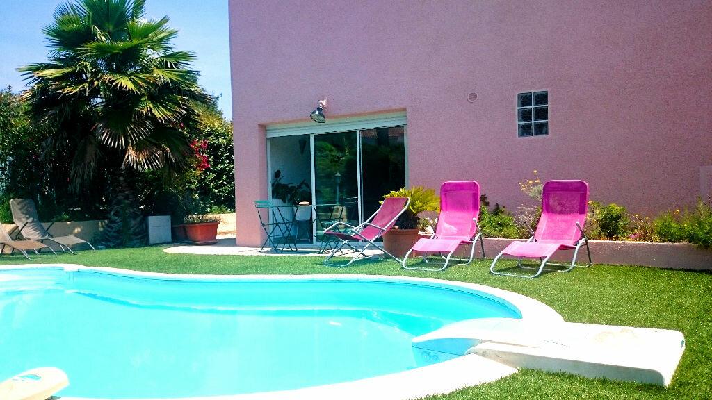Achat Maison 9 pièces à Sanary-sur-Mer - vignette-1
