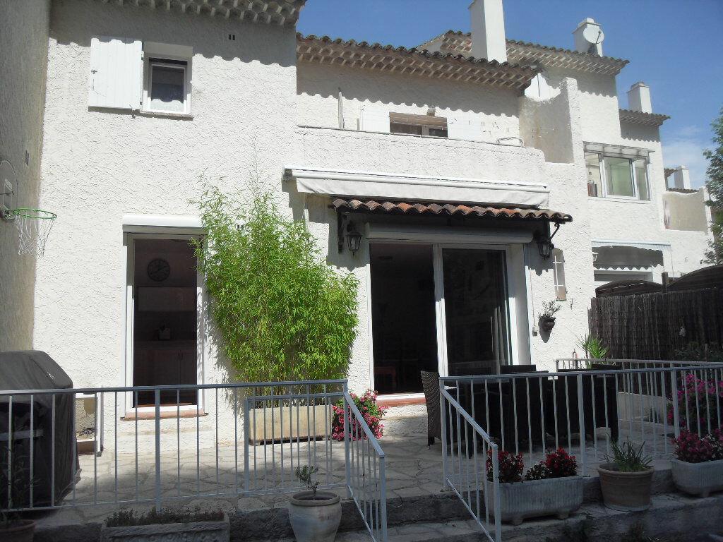 Achat Maison 4 pièces à Le Castellet - vignette-1
