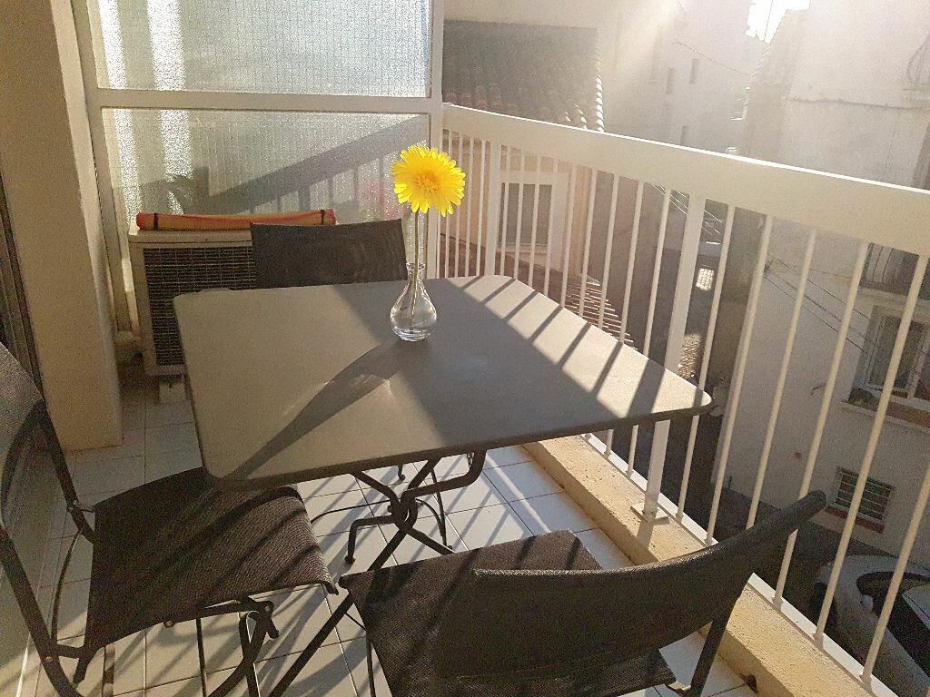 Location Appartement 2 pièces à Bandol - vignette-1