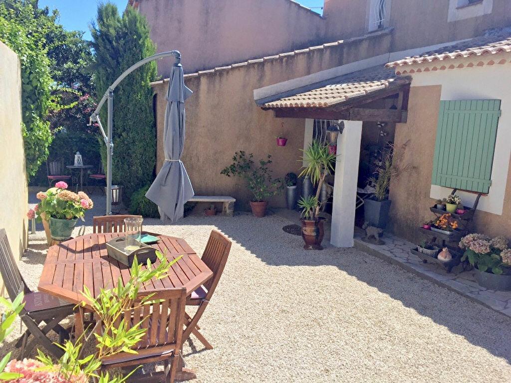 Achat Maison 4 pièces à Sanary-sur-Mer - vignette-2