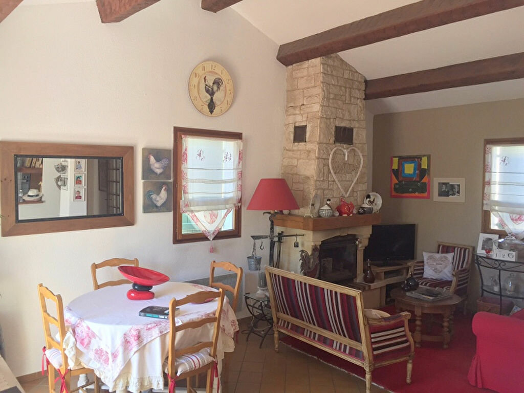 Achat Maison 4 pièces à Sanary-sur-Mer - vignette-3