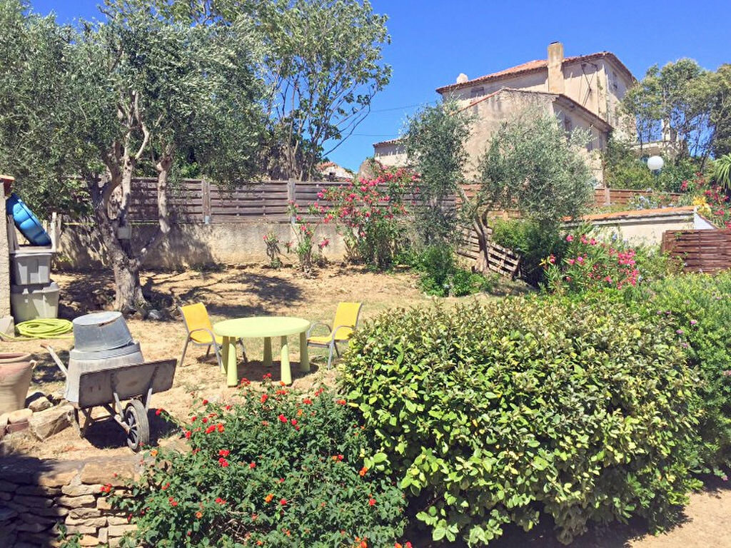 Achat Maison 4 pièces à Sanary-sur-Mer - vignette-7
