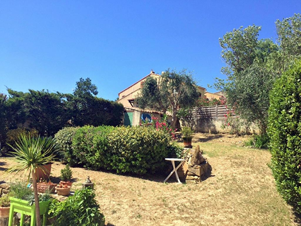Achat Maison 4 pièces à Sanary-sur-Mer - vignette-9