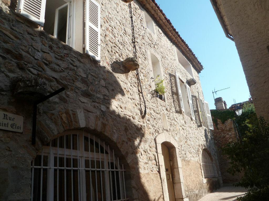 Achat Appartement 3 pièces à Le Castellet - vignette-1
