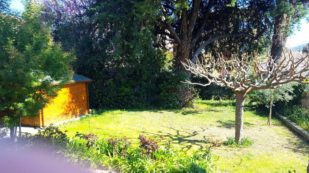 Achat Maison 5 pièces à Saint-Cyr-sur-Mer - vignette-2