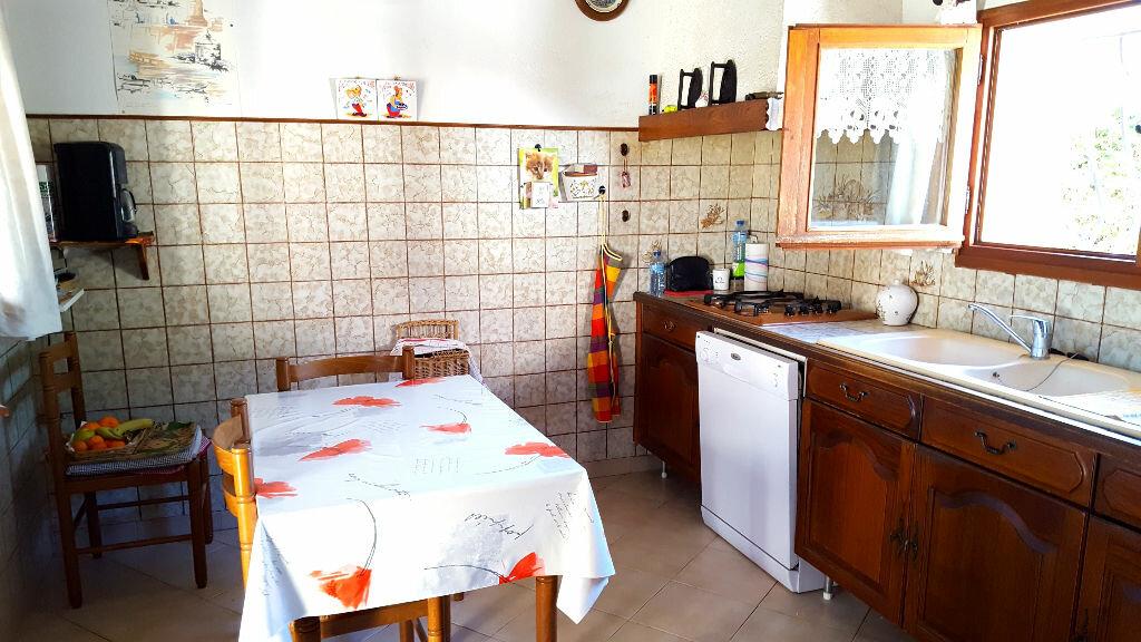 Achat Maison 5 pièces à Saint-Cyr-sur-Mer - vignette-6