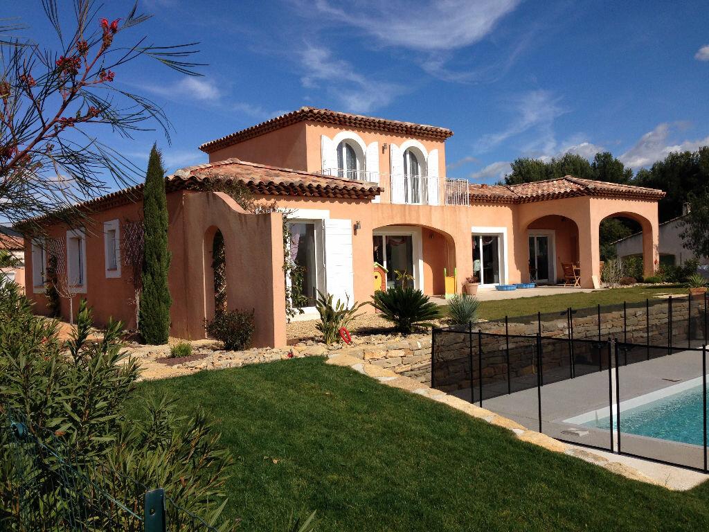 Achat Maison 6 pièces à Saint-Cyr-sur-Mer - vignette-1