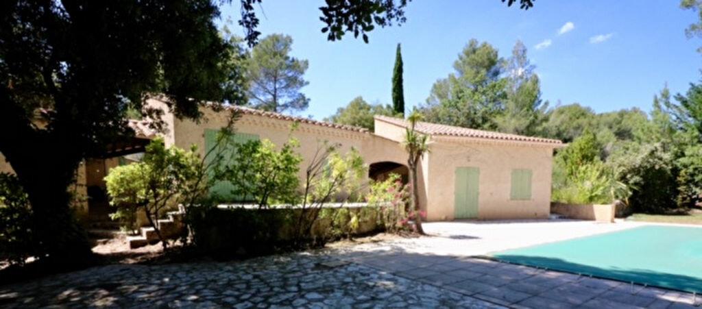 Achat Maison 6 pièces à Le Castellet - vignette-2