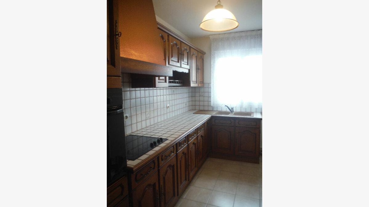 Achat Appartement 3 pièces à Six-Fours-les-Plages - vignette-2