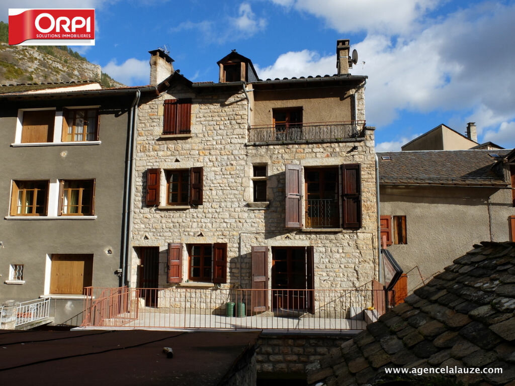 Location Appartement 3 pièces à Sainte-Enimie - vignette-1