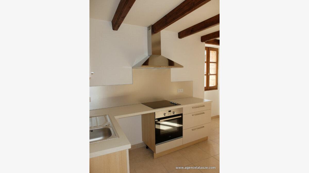 Location Appartement 3 pièces à Sainte-Enimie - vignette-2