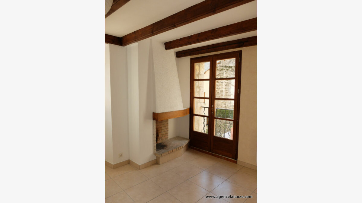 Location Appartement 3 pièces à Sainte-Enimie - vignette-4