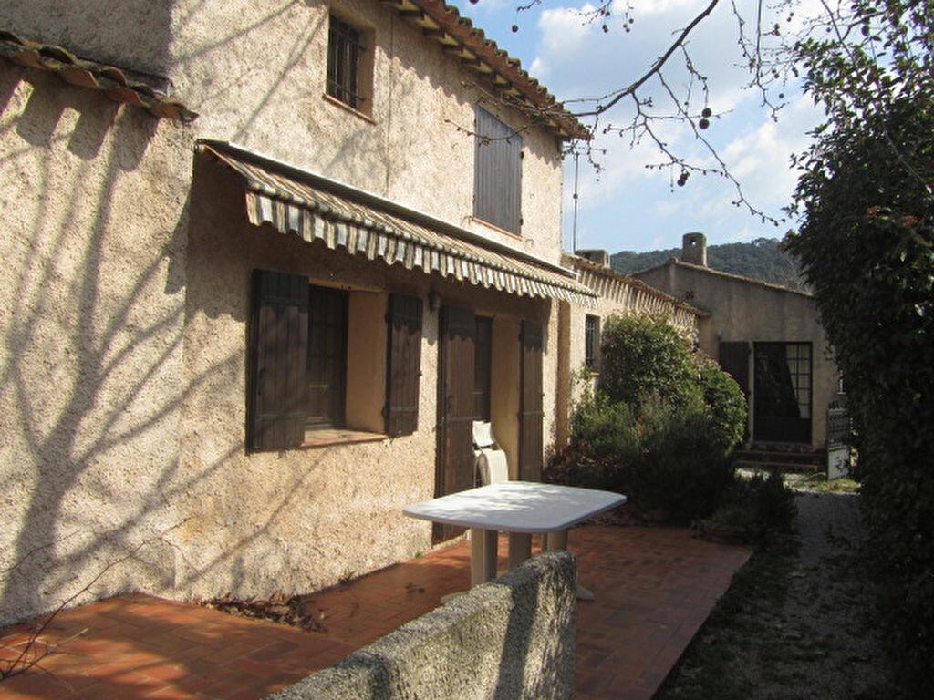 Achat Maison 5 pièces à Le Castellet - vignette-7
