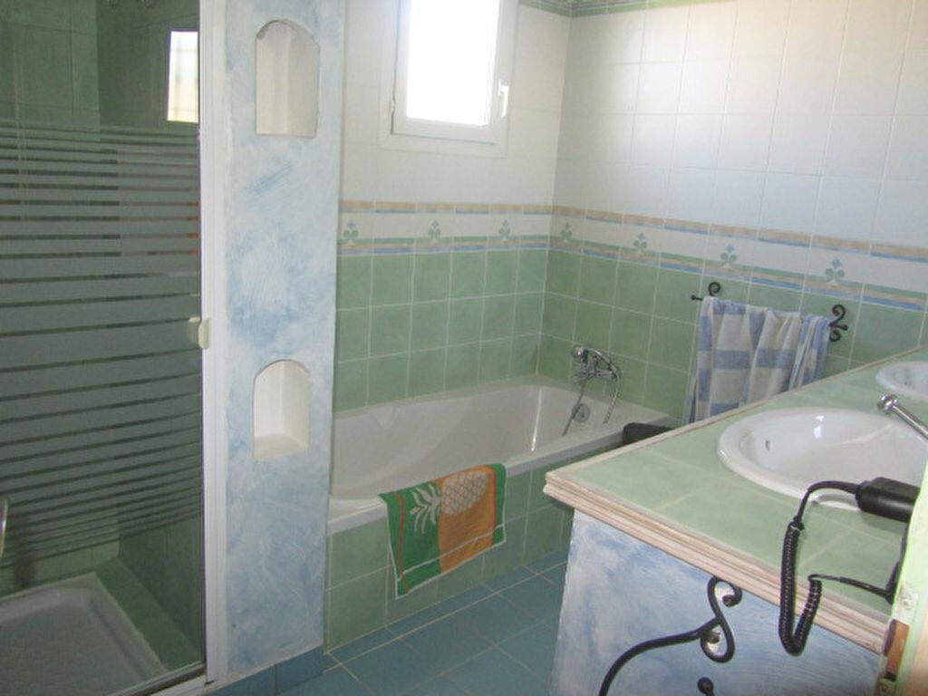 Achat Maison 5 pièces à Saint-Cyr-sur-Mer - vignette-7