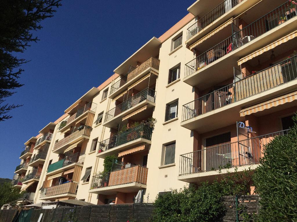 Achat Appartement 4 pièces à Vallauris - vignette-1