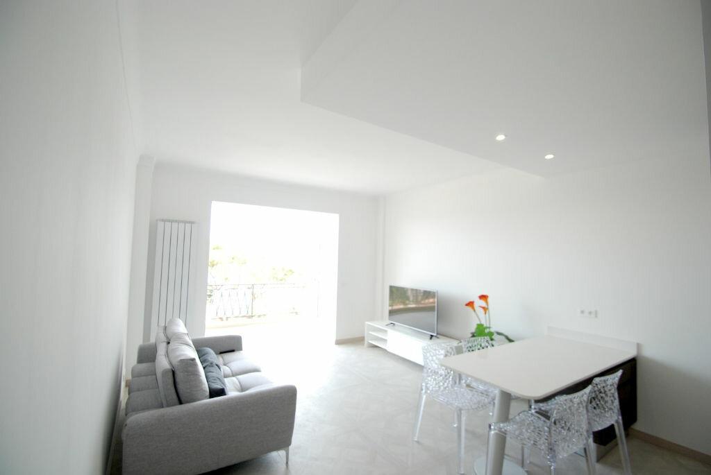 Achat Appartement 3 pièces à Villefranche-sur-Mer - vignette-1