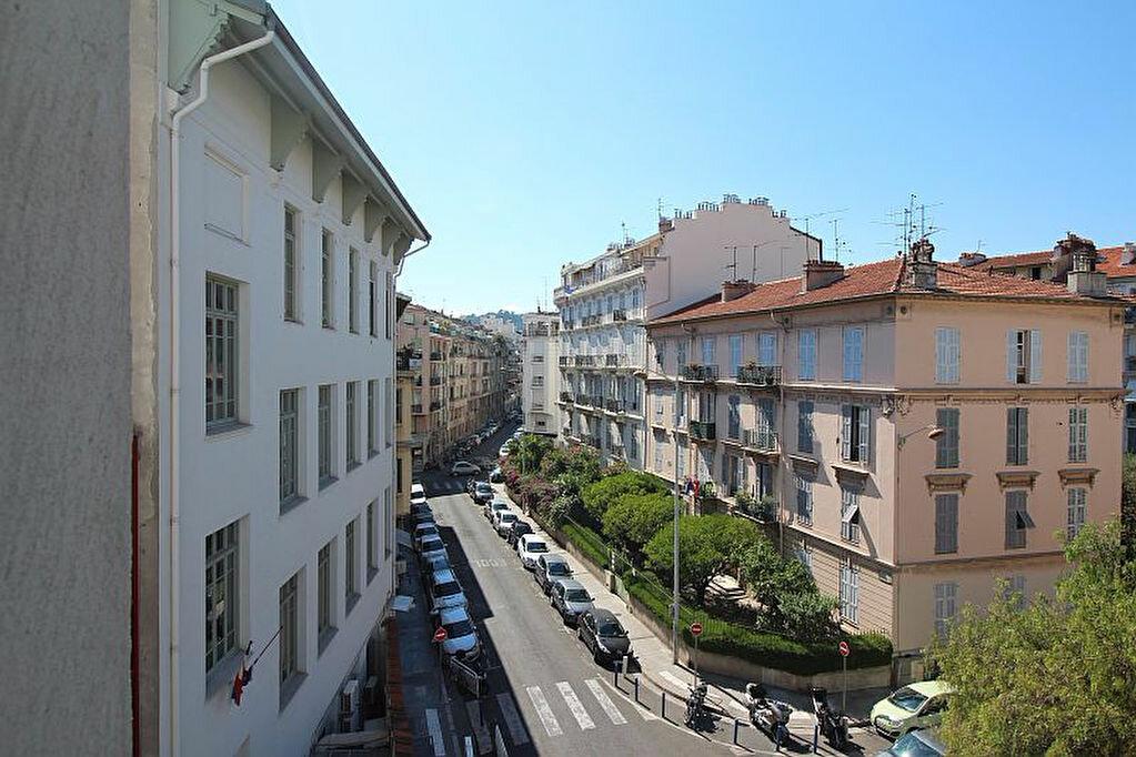 Achat Appartement 2 pièces à Nice - vignette-17