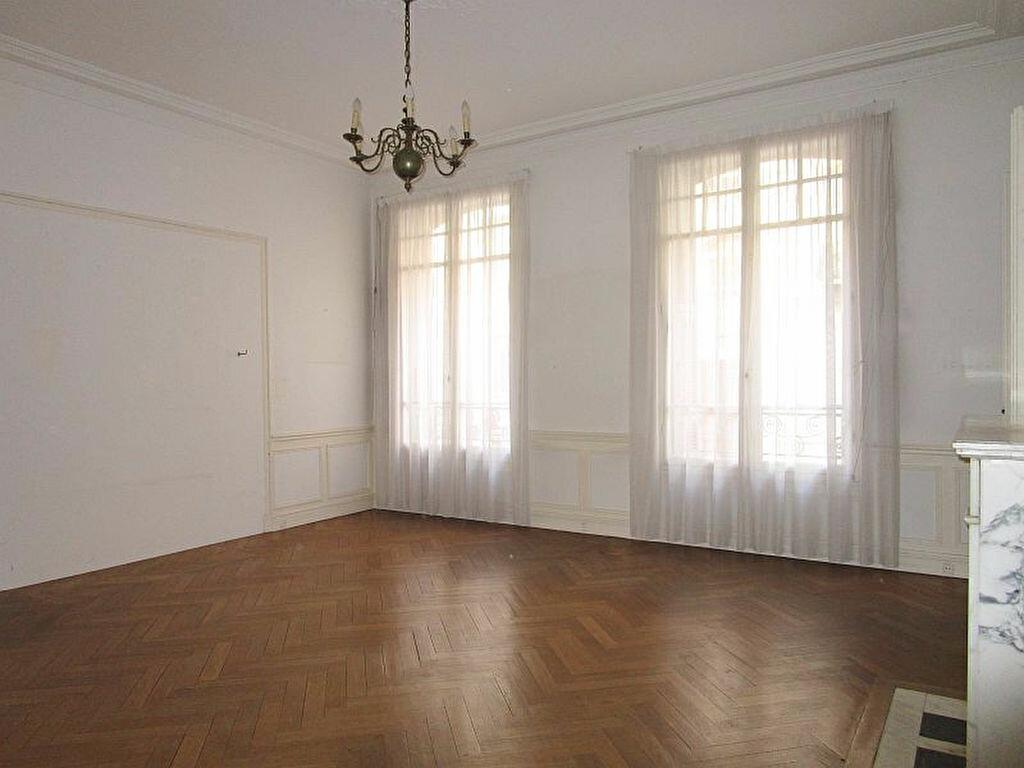 Achat Appartement 6 pièces à Nice - vignette-1