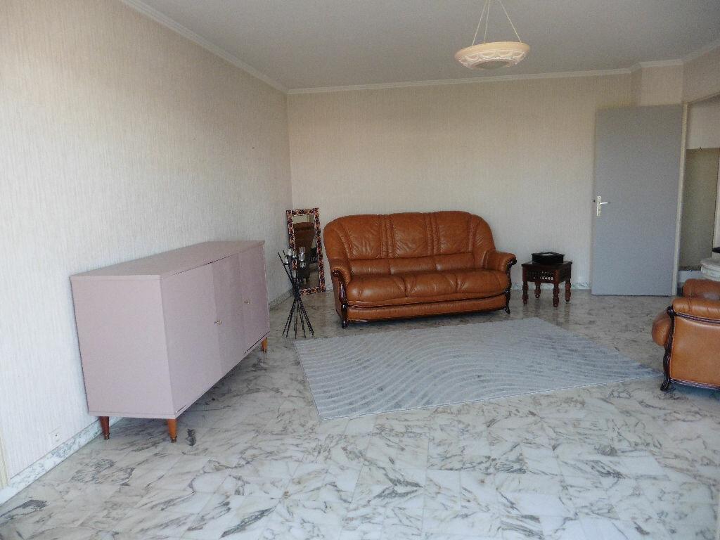 Achat Appartement 4 pièces à Cagnes-sur-Mer - vignette-8