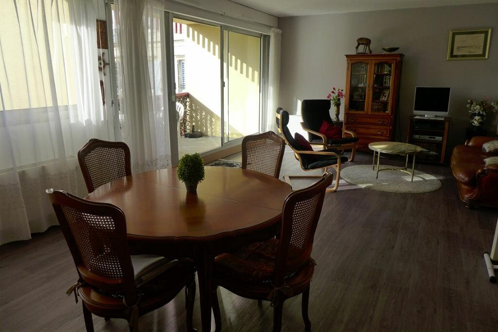 Achat Appartement 3 pièces à Anglet - vignette-2