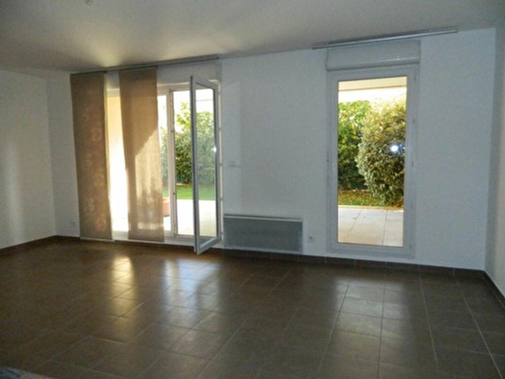 Achat Appartement 3 pièces à Roquevaire - vignette-2