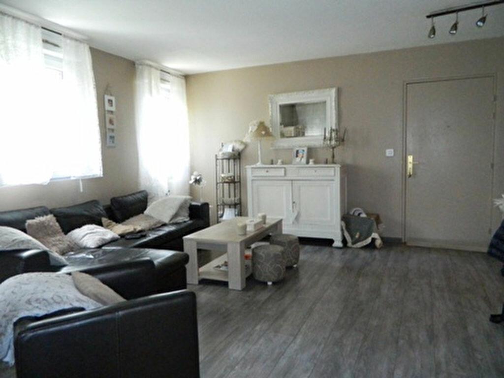 Achat Appartement 3 pièces à Roquevaire - vignette-1
