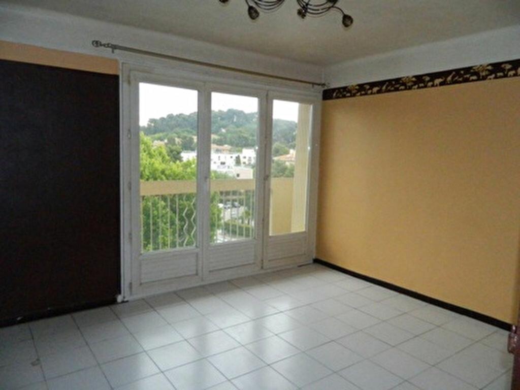 Achat Appartement 4 pièces à Aubagne - vignette-1