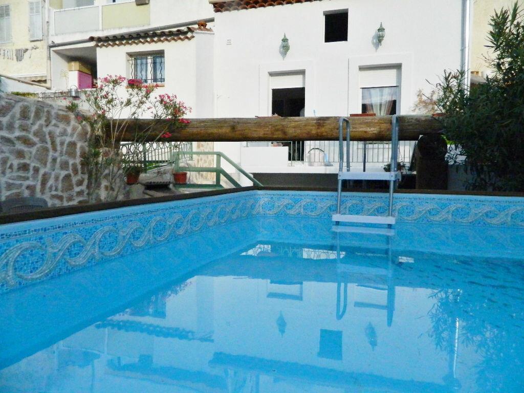 Achat Appartement 4 pièces à Roquevaire - vignette-2
